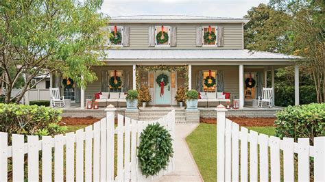 carolina colonial christmas outdoor decorations southern