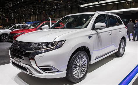 mitsubishi outlander phev 2020 release date 2020 mitsubishi outlander phev exterior engine interior