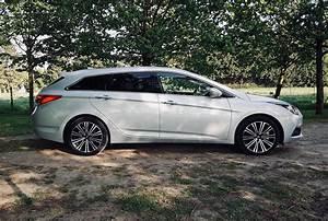 Hyundai I40 Sw : essai de la hyundai i40 sw 1 7 crdi dct 7 executive ~ Medecine-chirurgie-esthetiques.com Avis de Voitures