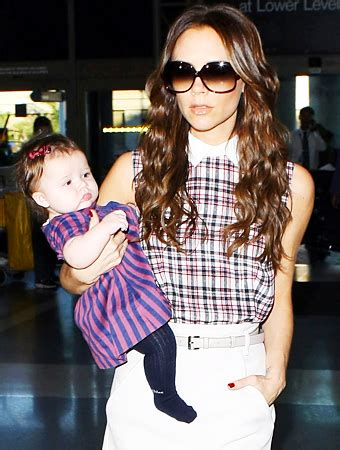 victoria beckhams baby outfits  harper     instylecom