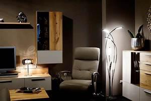 Stehlampe Für Wohnzimmer : led stehlampe hampton modern f r das wohnzimmer wohnideen lumizil pinterest stehlampe ~ Frokenaadalensverden.com Haus und Dekorationen