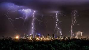 Thunderstorm-triggered asthma attacks put under the ...