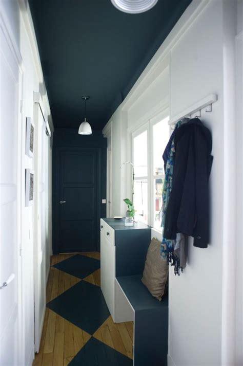 quel peinture pour plafond d 233 co couloir sombre 233 troit 12 id 233 es pour lui donner du style couloir porte de et plafond