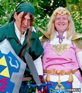 The Weekly IRL: Cosplay Fail - Dorkly Post