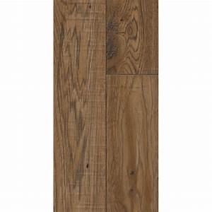 Formica 12mm 176sqm dijon oak laminate flooring for Formica laminate flooring prices