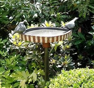 Keramik Für Den Garten : vogeltr nke auf stele keramik kunst blog ~ Bigdaddyawards.com Haus und Dekorationen