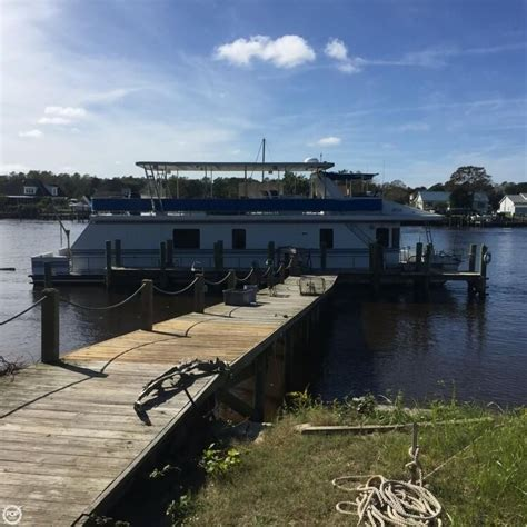 Used Boat Parts Beaufort Nc by 1999 New Orleans Custom Houseboat Beaufort Carolina