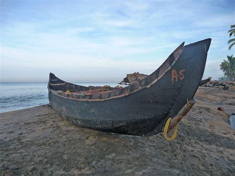 Fishing Boat Engines India by Fishing Boat Varkala India Travel Forum Indiamike
