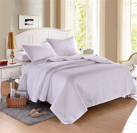 King White Coverlet by White Solid Color Hypoallergenic Quilt Coverlet Bedspread