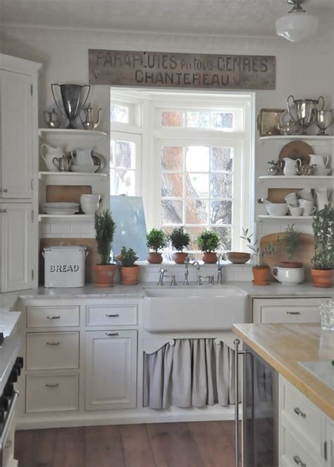 35 Cozy And Chic Farmhouse Kitchen Décor Ideas  Digsdigs. L Shaped Room Kitchen Designs. Wood Room Dividers Screens. Kids Room Drapes. Decorating Dining Room Walls. Antique Dining Room Buffet. Cheap Dorm Room Rugs. Bath Room Interior Design. Room Wall Designs