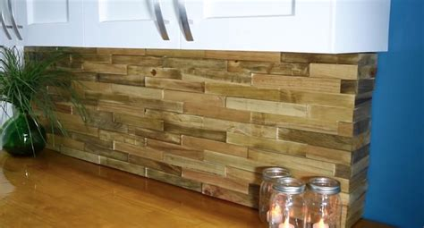 diy wood pallet backsplash