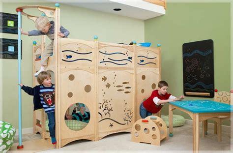 Kinderzimmer Für Zwei Mädchen Und Junge by Kinderbett Mit Dekoration Einrichtungsideen F 252 R Jungen