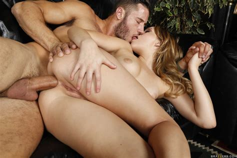 Lap Dancer Mia Malkova Takes A Cock Up Her Ass Of