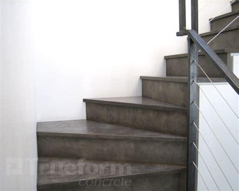 Treppenstufen Beton Innen by Concrete Stair Treads Trueform Decor Stair Treads
