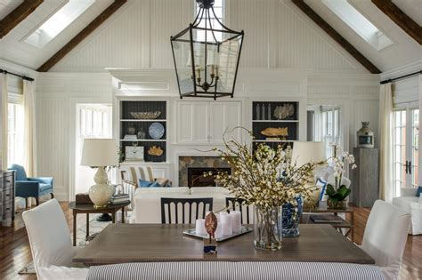 Open Layout With Dining Room And Great Rooms