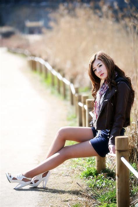 korean celebrity hwang mi hee spring time  korea
