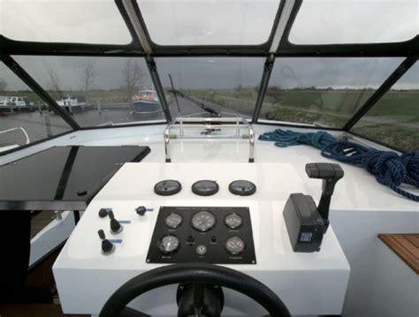 Luxe Motorjacht by Sailingcenter Langweer Luxe Motorjacht Huren Met 3