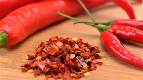 benefits of having hot peppers 7 amazing health benefits of cayenne pepper a spice like