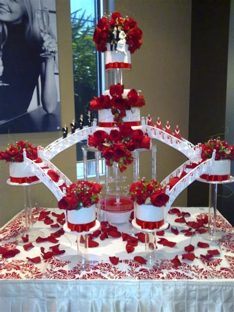 Beautiful Wedding Cakes With Fountains Ipunya