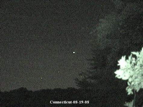 Unknown Objects Photographed over Pond in Connecticut-UFO ...
