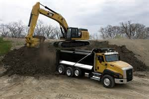 cat excavators minimovers august 2011