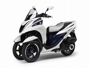 Scooter 3 Roues 125 : novo yamaha tricity scooter 3 rodas 04 motorede ~ Medecine-chirurgie-esthetiques.com Avis de Voitures