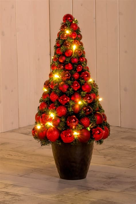 Weihnachtsbaum Mit Led Beleuchtung Christbaum Mit Kugeln Rot 60 Cm Hoch Led Beleuchtung