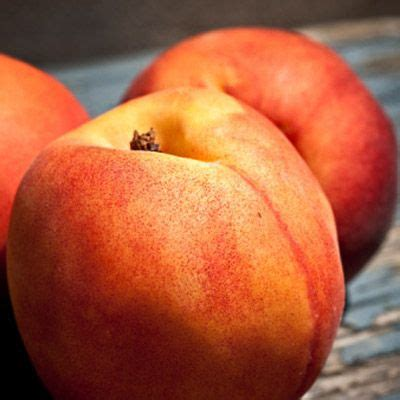 Summer Superfoods You Should Eating Peaches