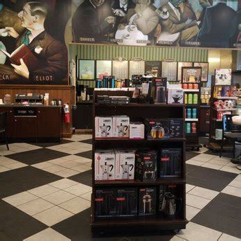 barnes and noble tyrone barnes noble booksellers 14 reviews bookshops 2501