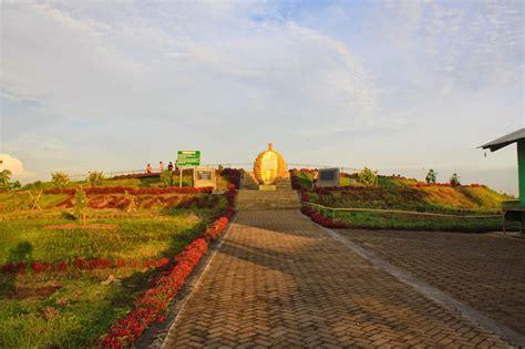 wisata embung  yogyakarta wajib kamu kunjungi uny