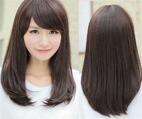 model rambut lurus sebahu  indah  menawan