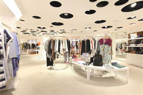 interior home store clothing shop best fashion clothing boutique store