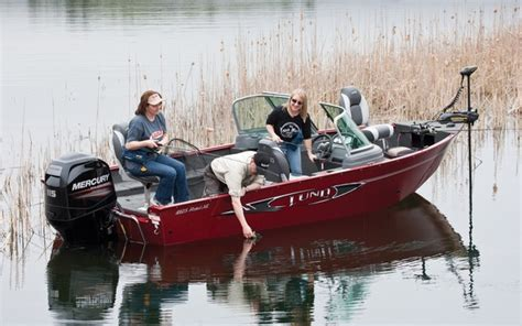 Best Fish And Ski Boat On The Market by 2013 Lund 1825rebel Xl Tests News Photos And