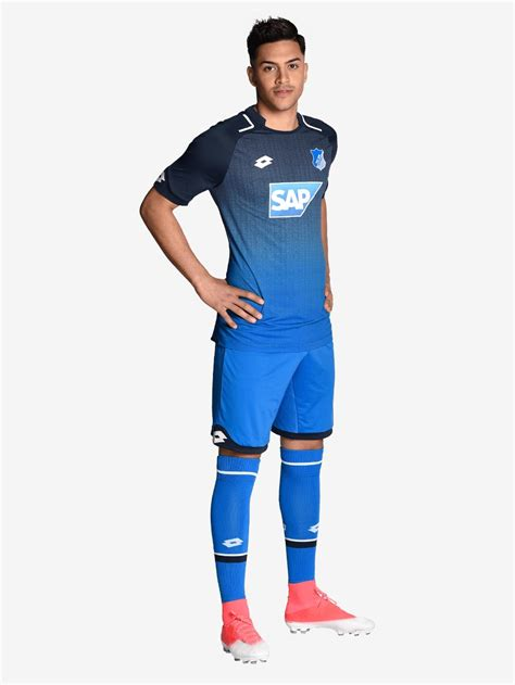 Tsg besiegt den ac mailand. El short y las medias del uniforme Hoffenheim 17-18 son ...
