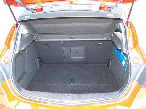test opel astra 1 4 turbo sport essai voiture compacte archive 169670 ufc que choisir