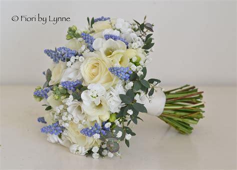 wedding flowers blog carmens blue  white spring