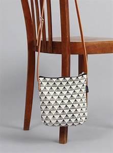 Retro Rucksack Selber Nähen : schultertaschen tasche greta 3 siebdruck ein designerst ck von minuk bei dawanda ~ Orissabook.com Haus und Dekorationen