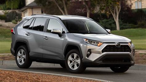 Efficient Suvs by 10 Most Fuel Efficient Suvs And Crossovers Of 2019