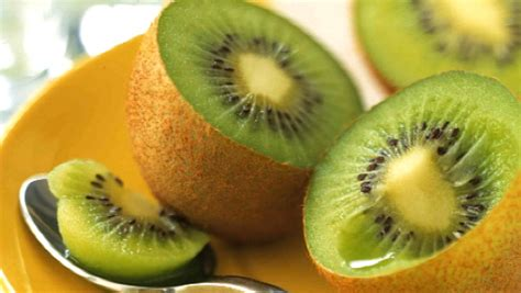 cuisiner le kiwi cuisinez moi le kiwi