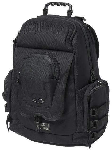 oakley icon backpack blackout  sale  surfboardscom