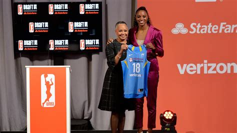 Sky select DeShields, Williams with back-to-back picks