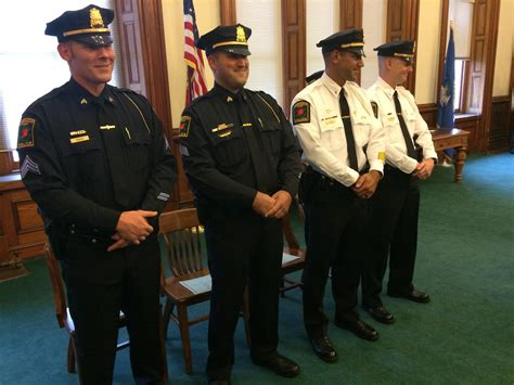 Norwich police promote 4 officers - News - The Bulletin ...