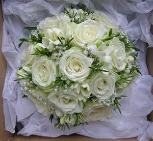 white flowers for wedding wedding flowers 39 s green and white wedding flowers burley manor