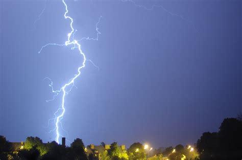 static electricitylightning wikiversity