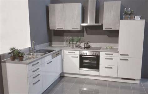 küchenzeile mit geräten günstig einbauk 252 che mankagloss 11 wei 223 hochglanz k 252 chenzeile