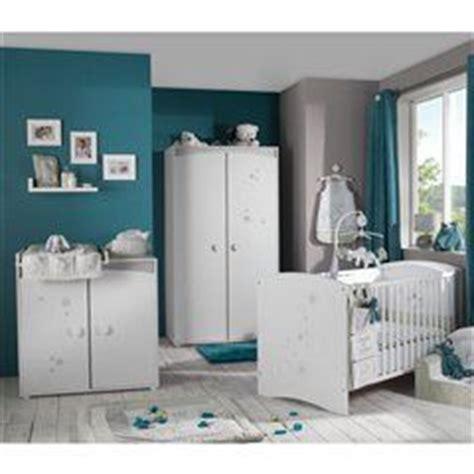 d o chambre bleu canard 17 best images about chambre bebe on santorini