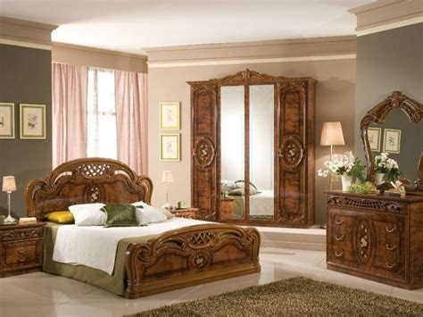 Wooden Cupboard Designs For Bedrooms by Wooden Cupboard Selection For Bedroom Decor