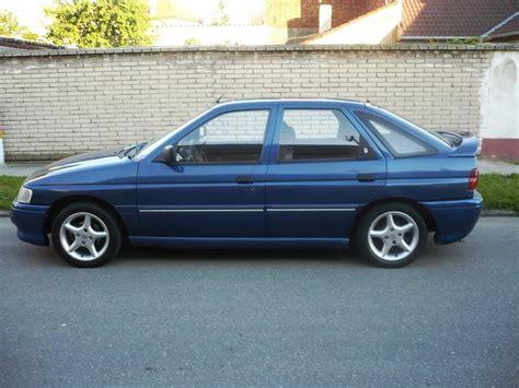 ford escort   cui gasoline  kw  nm