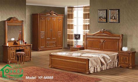 Wood Bedroom Furniture by Cherry Wood Bedroom Furniture In The Bedroom