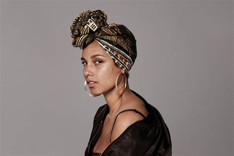 Alicia Keys Talks About The Power Of #nomakeup In 'lenny